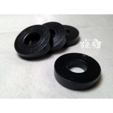 006 - Washer for rear shackle plate
